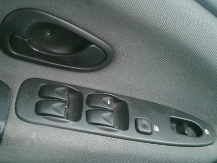Блок управления стеклоподъемниками. Для моделей: Mitsubishi Space Star car за 15 000 тг. в Алматы – фото 3