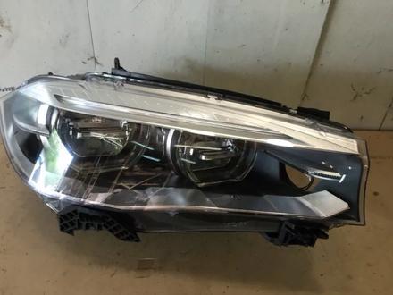Светодиодная правая фара LED x5 x6 f15 f16 BMW за 340 000 тг. в Нур-Султан (Астана)