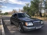 Mercedes-Benz E 300 1991 года за 1 450 000 тг. в Талдыкорган – фото 2