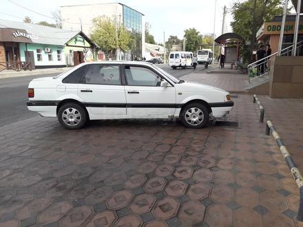Volkswagen Passat 1993 года за 530 000 тг. в Шымкент – фото 3