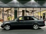 Mercedes-Benz C 220 1997 года за 2 250 000 тг. в Алматы – фото 2