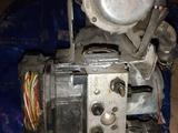 Блок ABS на Passat B5 Plus за 40 000 тг. в Алматы – фото 2