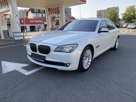 BMW 750 2010 года за 7 700 000 тг. в Алматы – фото 3