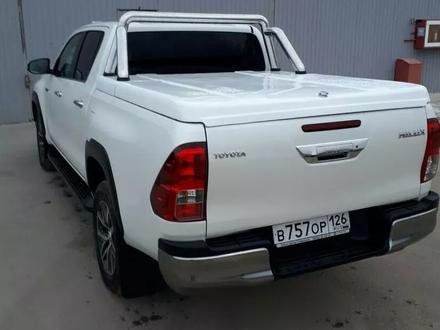 Крышка крашенная на Toyota Hilux Revo 2015 + за 400 000 тг. в Нур-Султан (Астана)