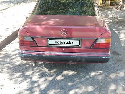 Mercedes-Benz E 230 1991 года за 800 000 тг. в Талдыкорган – фото 3