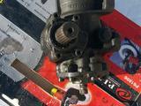 На мерс 124 рулевой червяк v-2.8 за 100 тг. в Караганда