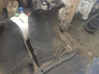 Обшивка багажника. Cresta 90 за 20 000 тг. в Павлодар
