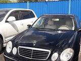 Mercedes-Benz E 220 2002 года за 2 000 000 тг. в Караганда