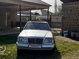 Mercedes-Benz E 220 1994 года за 2 500 000 тг. в Шымкент