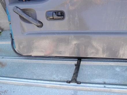 На Ниссан Террано Terrano R20, 1994-2001 г. крышка багажника в… за 50 000 тг. в Алматы – фото 5