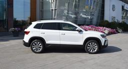 Volkswagen Taos Exclusive (4WD) 2020 года за 14 490 000 тг. в Костанай – фото 4