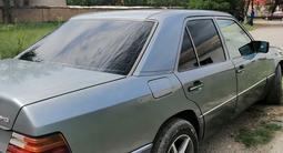 Mercedes-Benz E 200 1991 года за 1 250 000 тг. в Шымкент – фото 4