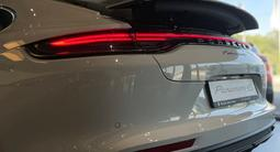 Porsche Panamera 4S 2021 года за 73 236 000 тг. в Алматы – фото 4