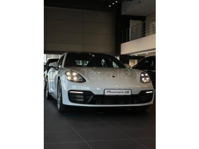 Porsche Panamera 4S 2021 года за 73 236 000 тг. в Алматы