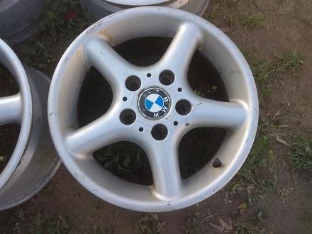 Оригинальные легкосплавные диски на автомашину BMW 3 (Германия R15 за 95 000 тг. в Нур-Султан (Астана) – фото 2