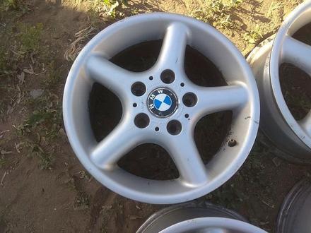 Оригинальные легкосплавные диски на автомашину BMW 3 (Германия R15 за 95 000 тг. в Нур-Султан (Астана) – фото 4