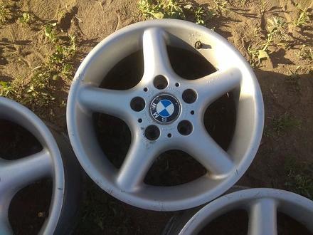 Оригинальные легкосплавные диски на автомашину BMW 3 (Германия R15 за 95 000 тг. в Нур-Султан (Астана) – фото 5