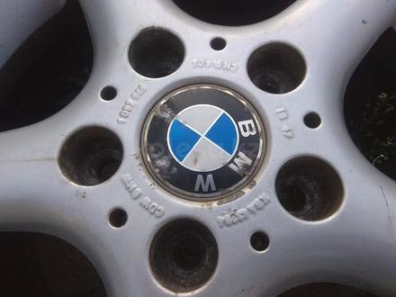 Оригинальные легкосплавные диски на автомашину BMW 3 (Германия R15 за 95 000 тг. в Нур-Султан (Астана) – фото 6