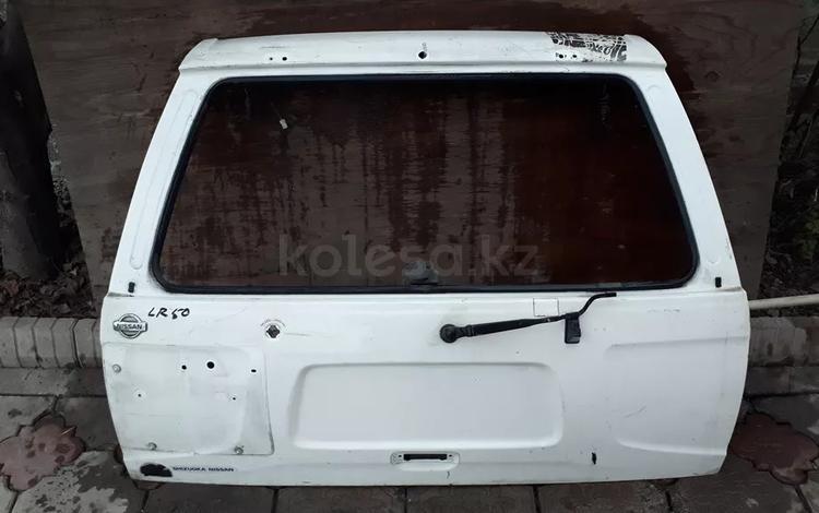 На NISSAN PATHFINDER крышка багажника за 15 000 тг. в Алматы