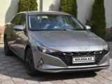 Hyundai Elantra 2021 года за 10 966 000 тг. в Алматы – фото 2