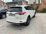 Toyota RAV 4 2018 года за 12 500 000 тг. в Актау – фото 3