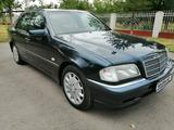 Mercedes-Benz C 240 1997 года за 3 100 000 тг. в Алматы