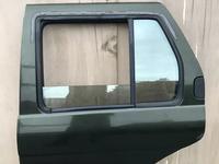 Дверь на Nissan Pathfinder R50 за 25 000 тг. в Алматы