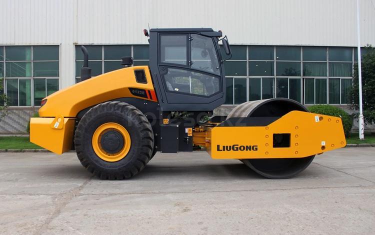 LiuGong  Каток Liugong CLG 6116 2021 года в Караганда