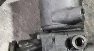 Насос ГУРа 111 двигатель Mercedes за 506 тг. в Караганда