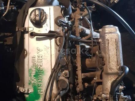 Митсубиси Каризма, Двигатель, каропка, с навесным всё есть, Привазной за 1 234 тг. в Алматы – фото 2