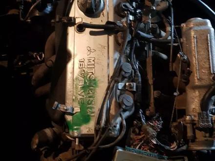 Митсубиси Каризма, Двигатель, каропка, с навесным всё есть, Привазной за 1 234 тг. в Алматы – фото 3