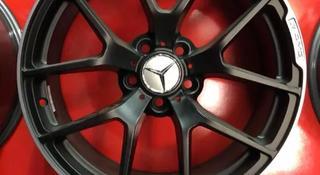 Комплект дисков r18 5*112 Mercedes за 180 000 тг. в Алматы