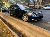 Mercedes-Benz E 200 2010 года за 6 200 000 тг. в Алматы – фото 2