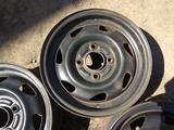 Оригинальные металлические диски на Ford Fiesta (R13 4*108 ЦО63.4 за 20 000 тг. в Нур-Султан (Астана) – фото 5