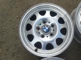 Оригинальные легкосплавные диски 34 стиль на BMW 3 (Германия R15 5 за 80 000 тг. в Нур-Султан (Астана) – фото 4