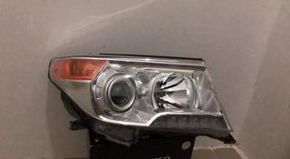 Фара правая Toyota Land Cruiser 200 ксенон за 150 000 тг. в Нур-Султан (Астана)