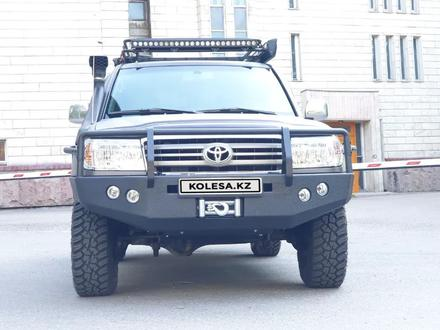 Toyota Land Cruiser 2005 года за 13 300 000 тг. в Алматы