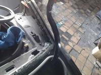 Петли, навесы на багажник за 777 тг. в Караганда