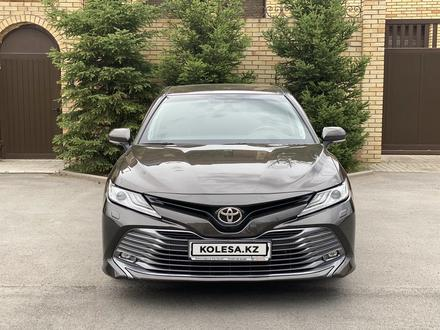 Toyota Camry 2018 года за 12 300 000 тг. в Караганда – фото 12