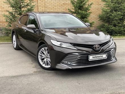 Toyota Camry 2018 года за 12 300 000 тг. в Караганда – фото 3