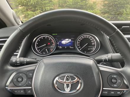 Toyota Camry 2018 года за 12 300 000 тг. в Караганда – фото 72