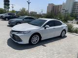 Аренда автомобиля Toyota Camry V70 с водителем! в Актау – фото 3