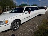 Lincoln Town Car 2000 года за 2 100 000 тг. в Алматы