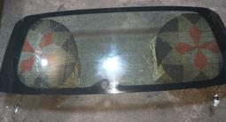 Заднее стекло раф4 3 поколение за 25 000 тг. в Талгар