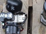 Блок клапанов гидроподвески ABC на Мерседес S550 W221 за 3 000 тг. в Алматы – фото 5