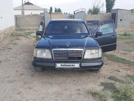Mercedes-Benz E 220 1994 года за 1 300 000 тг. в Туркестан – фото 6