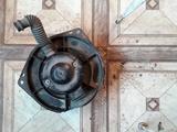 Вентилятор печки б у на Mitsubishi Lancer двиг 4g91, v1.5… за 10 000 тг. в Караганда