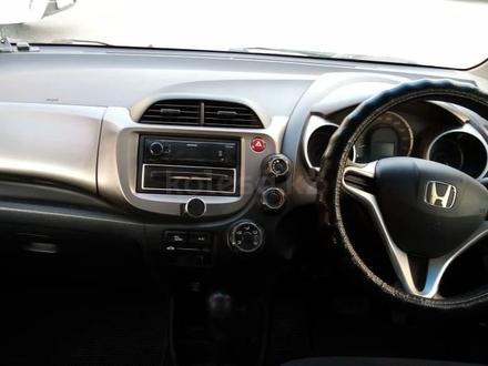 Honda Fit 2008 года за 2 600 000 тг. в Петропавловск – фото 4