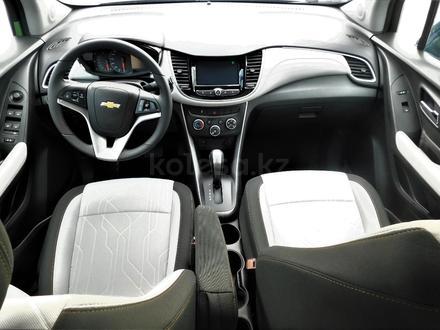 Chevrolet Tracker 2020 года за 7 790 000 тг. в Актау – фото 7
