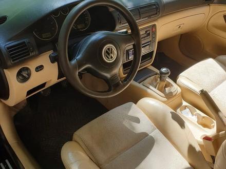 Volkswagen Passat 2002 года за 2 700 000 тг. в Алматы – фото 3